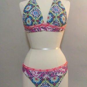ABS. Adorable vibrant bikini